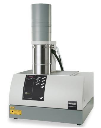图8耐驰LAF457型激光导热仪